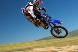 dirt-bike-690770_1280