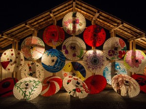 japanese-umbrellas-636870_1920