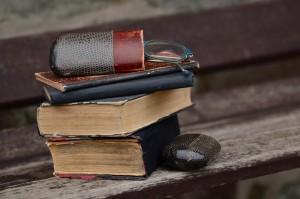 books-1133421_1920